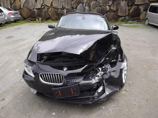 Damaged Bmw Z4 For Sale On Oliac Autos Japan