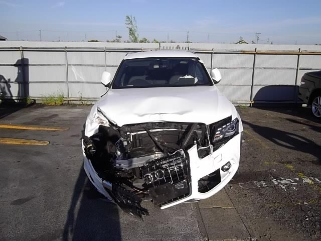Damaged Audi Q5 For Sale On Oliac Autos Japan